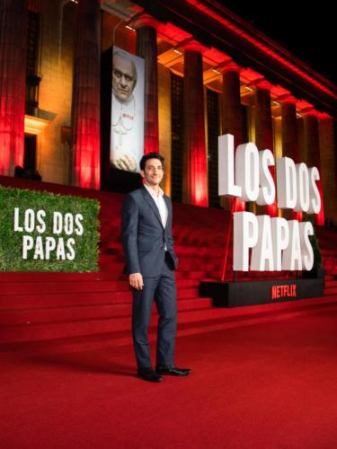 Los Dos Papas Red Carpet 3